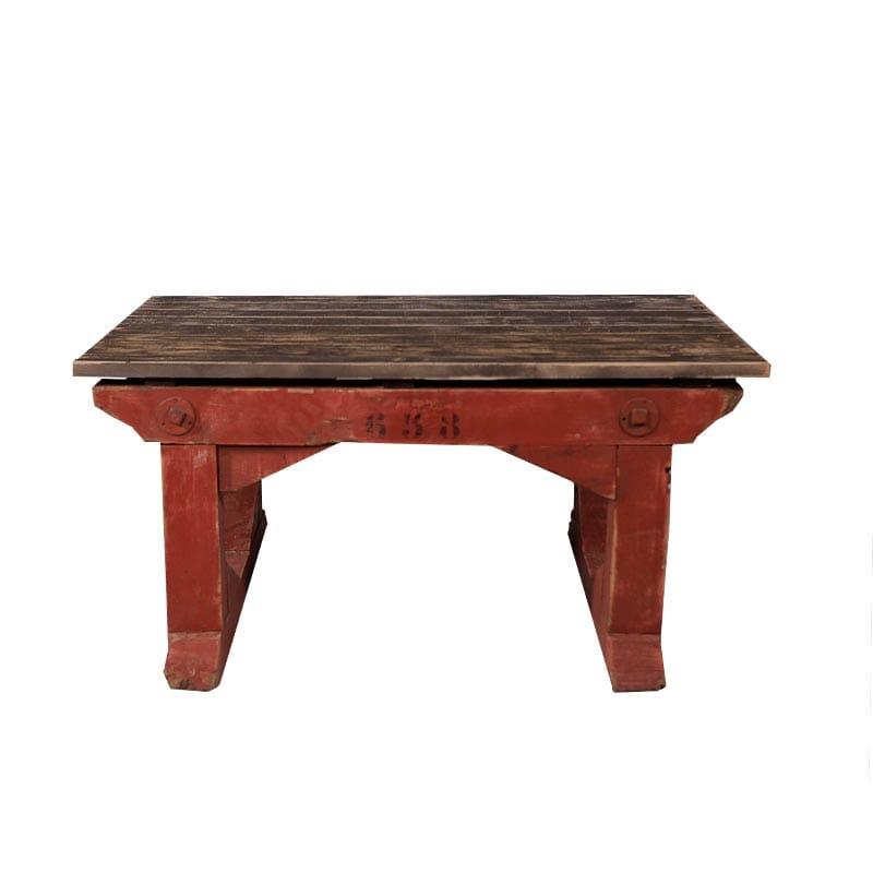 Furniture, Living Room, Tables