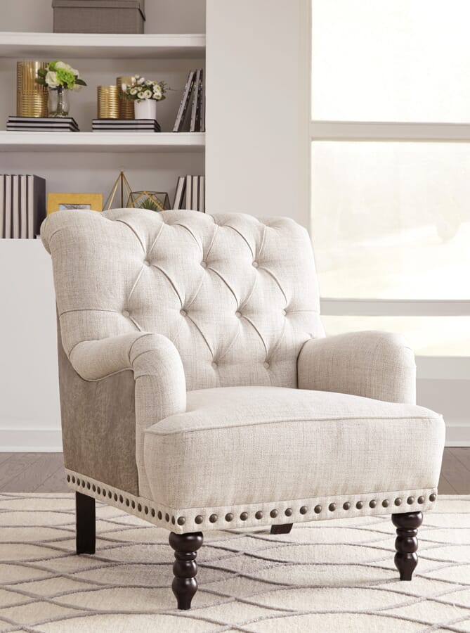 Ways to decorate your space with an accent chair