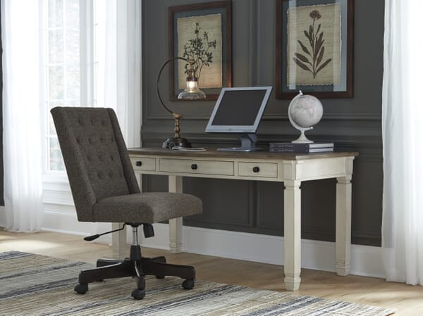 how to choose the right desk