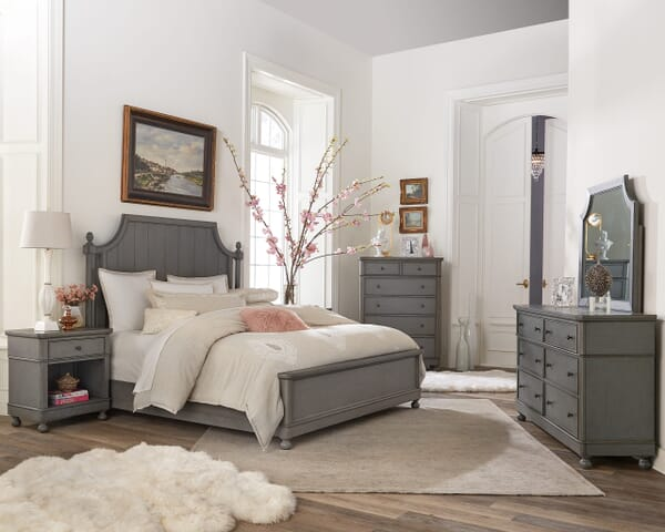 How to create a relaxing master bedroom