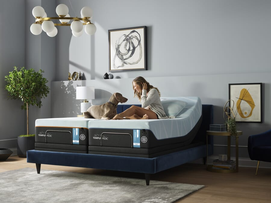 What is a split king bed?